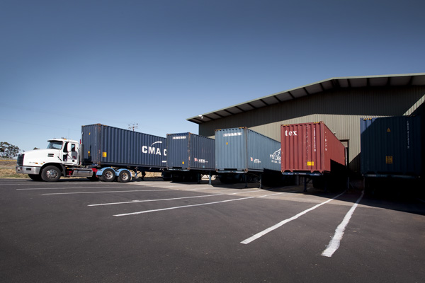 5 shipping containers can be stocked at any one time